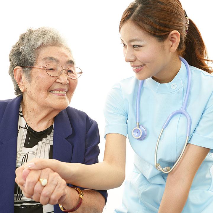 看護師の仕事内容や役割とは?